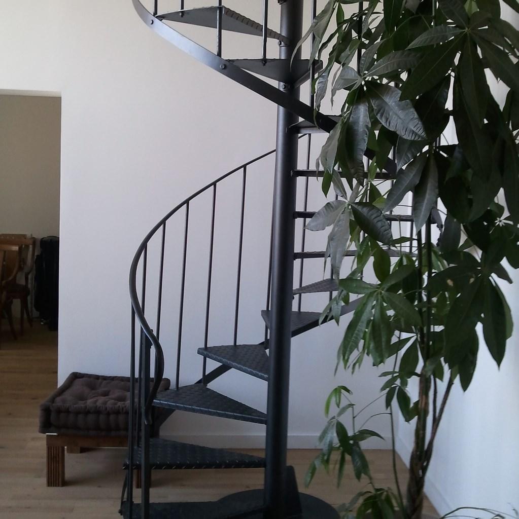 Amenagement Escalier Interieur Maison ~ Toutes les Idées Sur la ...