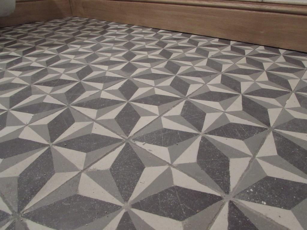 pose carreaux de ciment carreaux dcor guell saint maclou. Black Bedroom Furniture Sets. Home Design Ideas